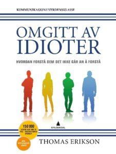 """Bilde av boken """"Omgitt av idioter"""""""